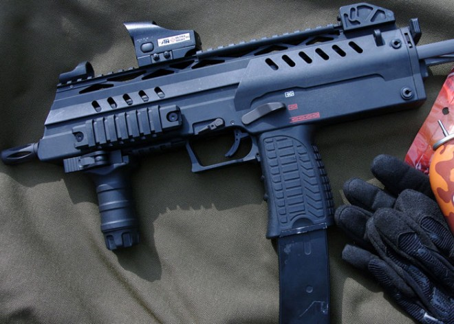 we-airsoft-smg8-preview1-660x471